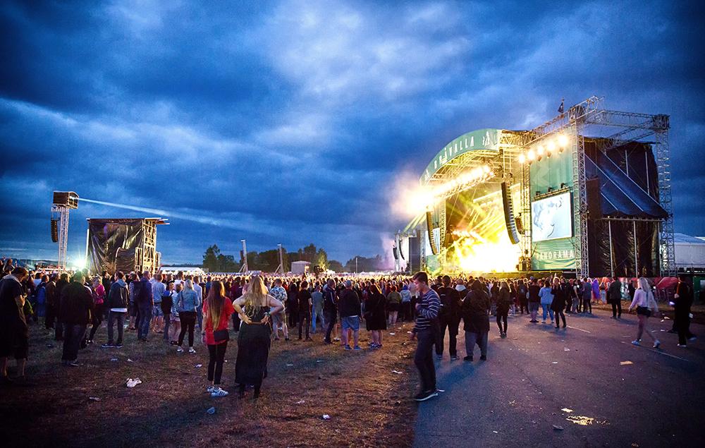 Sweden S Br 229 Valla Festival Cancelled Over Sex Attacks Nme