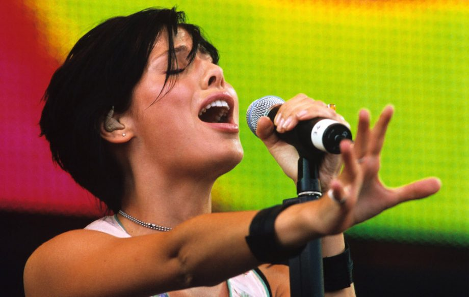 Natalie Imbruglia's 'Torn' is a cover and Twitter can't