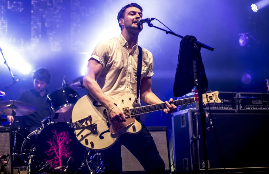 Liam Fray reveals details on solo acoustic tour setlist - NME