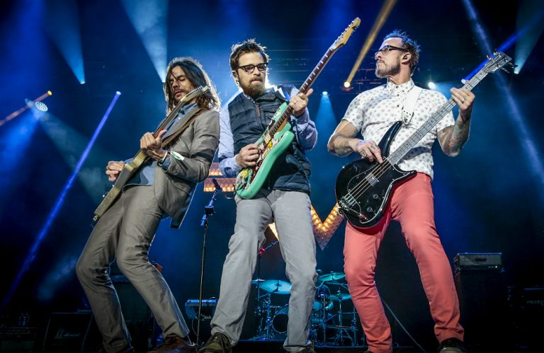 Weezer new single mexican fender
