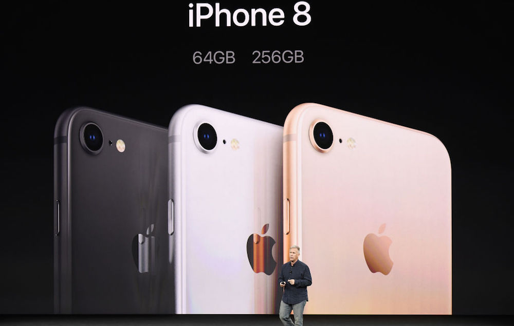 iphone 8 gold. the iphone 8 and plus come in three colours: silver, space grey gold. they will 4.7-inch 5.5-inch models respectively, iphone gold d