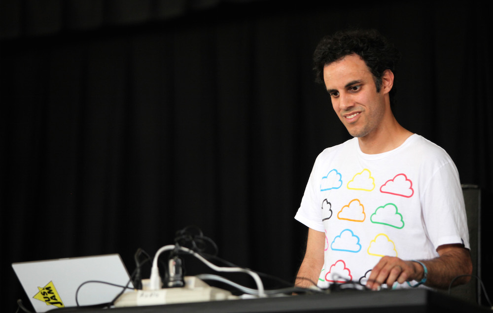 Here's how a Tweet about Four Tet's studio inspired a meme