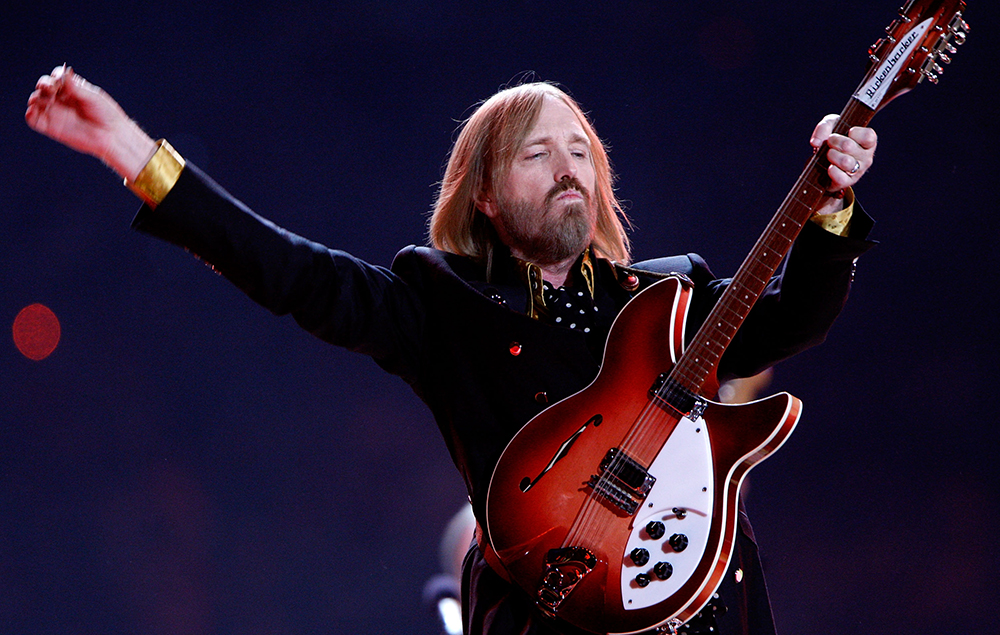 Tom Petty Death Bob Dylan Pays Tribute To Traveling