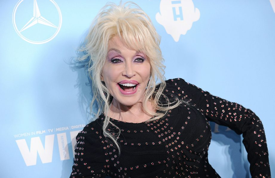 Dolly Parton Will Appear On Cbeebies Bedtime Story Later