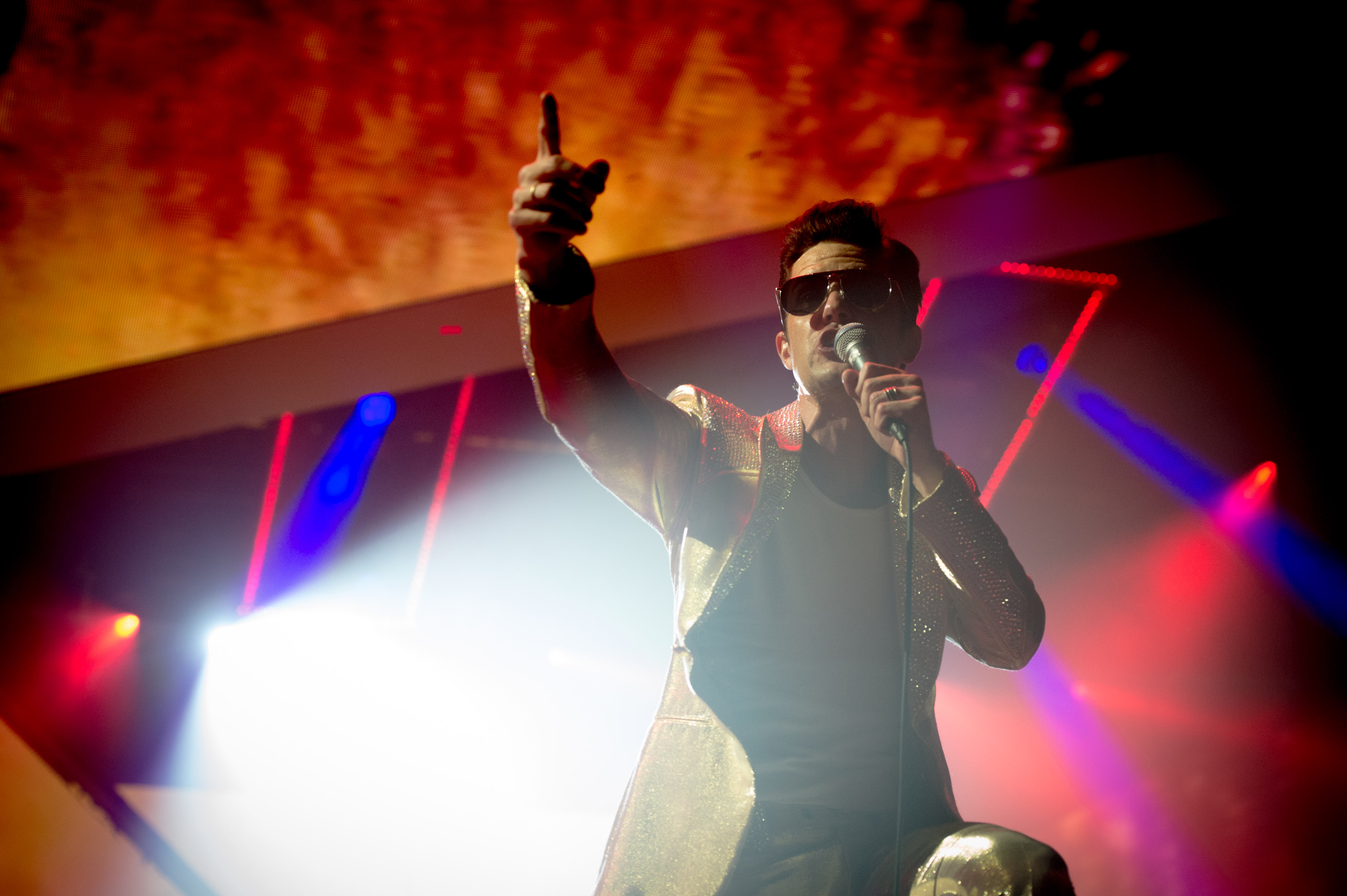 Photographers hit back at The Killers\' Brandon Flowers recent ...