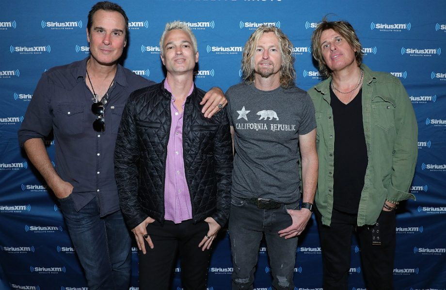 Watch Stone Temple Pilots Perform With New Singer For The