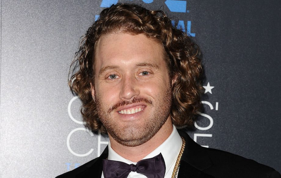 silicon valley star tj miller accused of sexually assaulting and