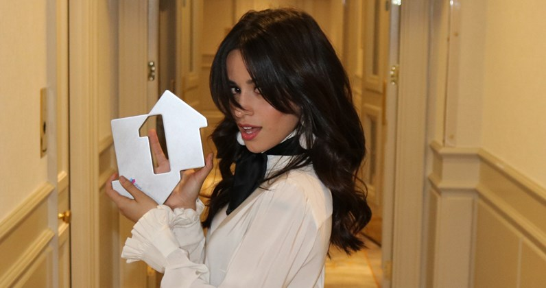 Camila Cabello >> Camila Cabello S Havana Is The Longest Running Female Number One