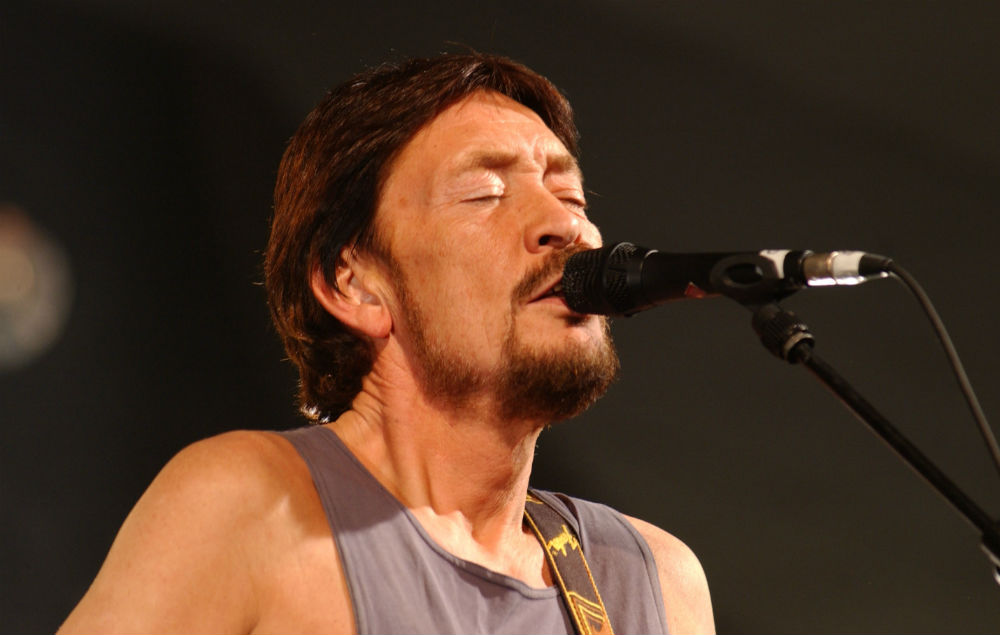 Best Hospital In London >> Chris Rea collapses on stage in Oxford - NME