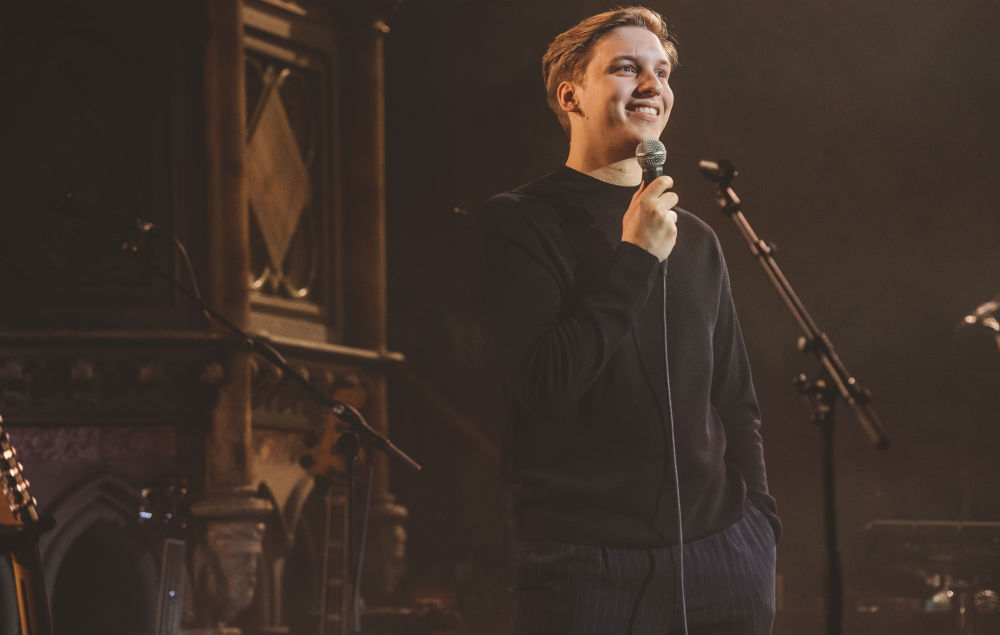 George Ezra Joined By The Kooks And Josie Long At London