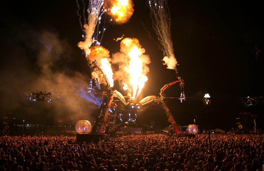 two legendary acts revealed for arcadia london alongside