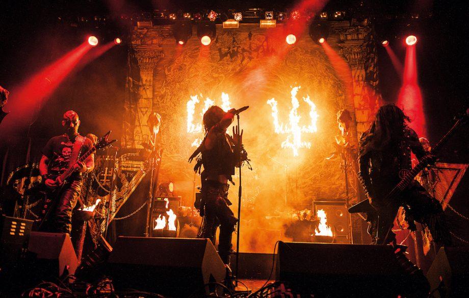 תוצאת תמונה עבור Metal Band on stage