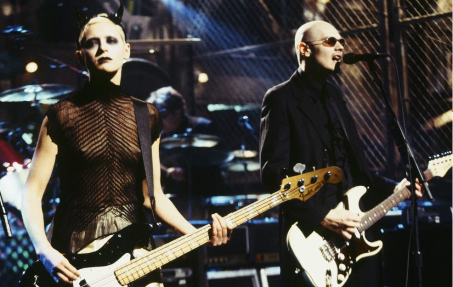 D Arcy Wretzky Says Billy Corgan Can T Sing For Shit