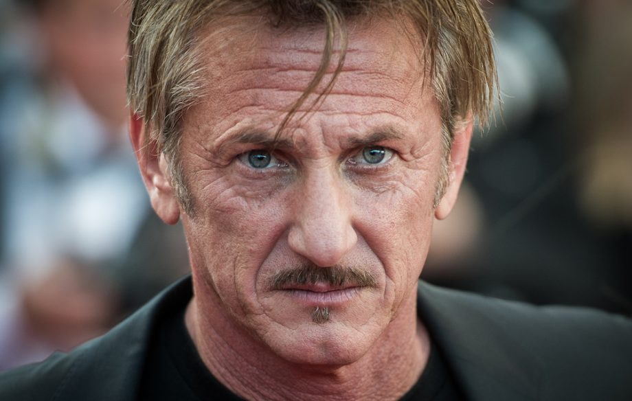 Critics Are Really Slating Sean Penn S Trump Baiting New