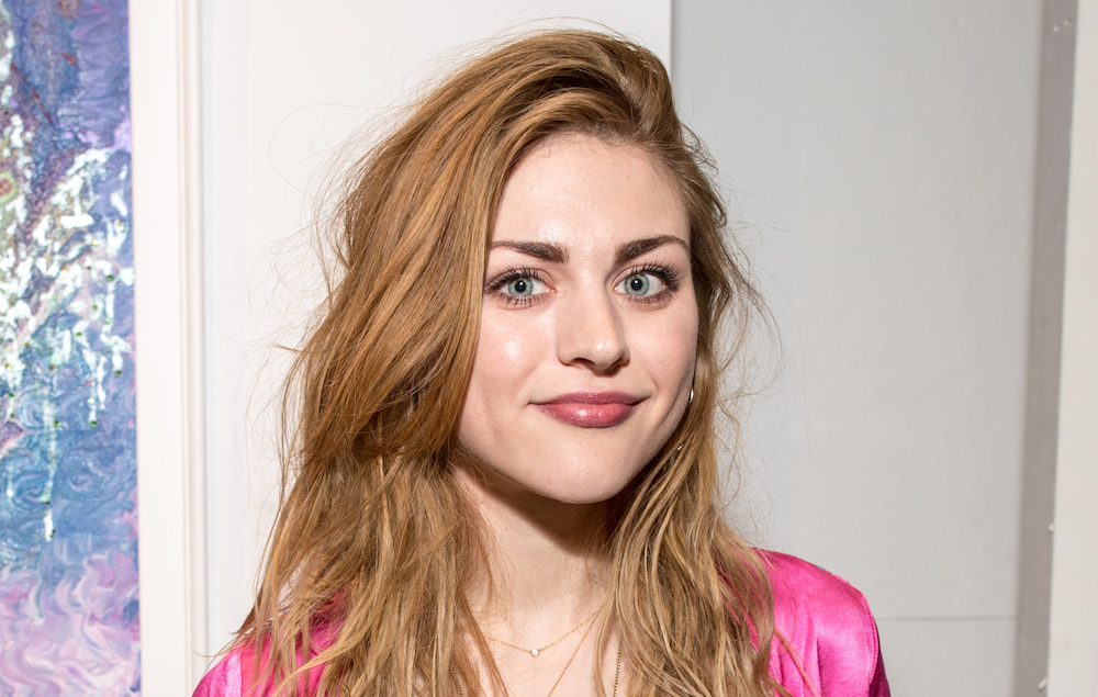 watch frances bean cobain preview her first original song nme. Black Bedroom Furniture Sets. Home Design Ideas