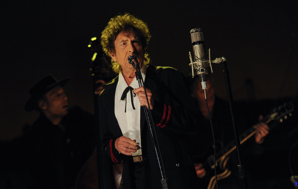 Bob Dylan S Got His Own Whiskey Line Now Nme
