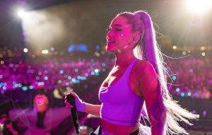 Ariana Grande R.E.M