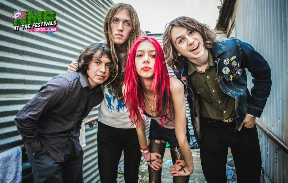 """Fake S 90 3 >> Starcrawler are the antagonistic new glam stars aiming to go """"triple platinum or bust"""" - NME"""