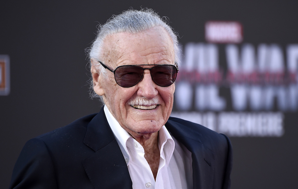 Is Stan Lee Dead No But Siri Has Been Telling People