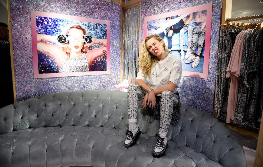 55b8839565c4c9 Miley Cyrus teams up with Converse for new clothing and shoe range - NME