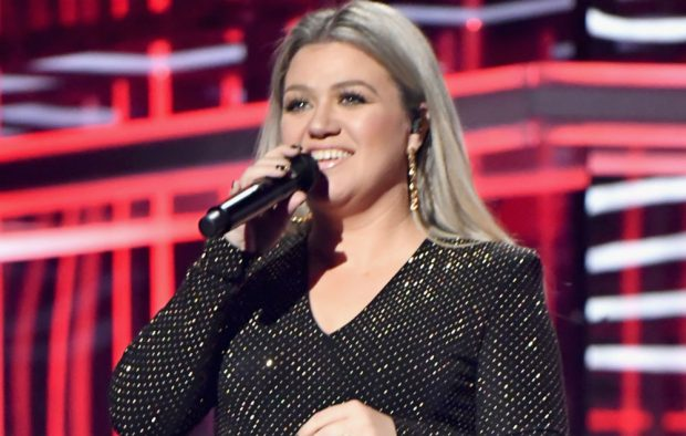 Kelly Clarkson - NME