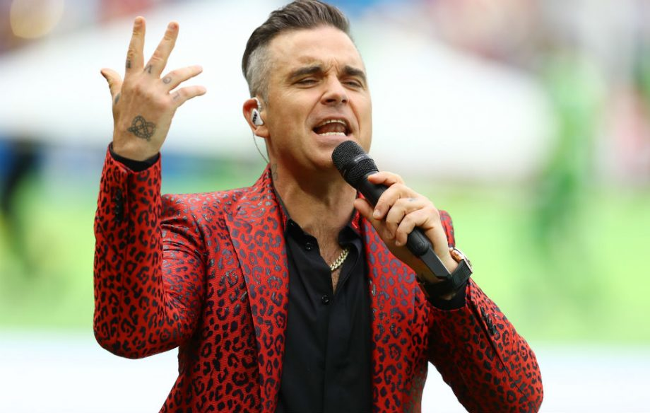 Robbie Williams Gives The Finger During World Cup Opening