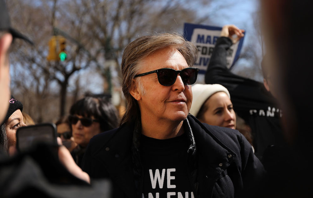 Paul Mccartney Crosses Abbey Road 49 Years After Iconic