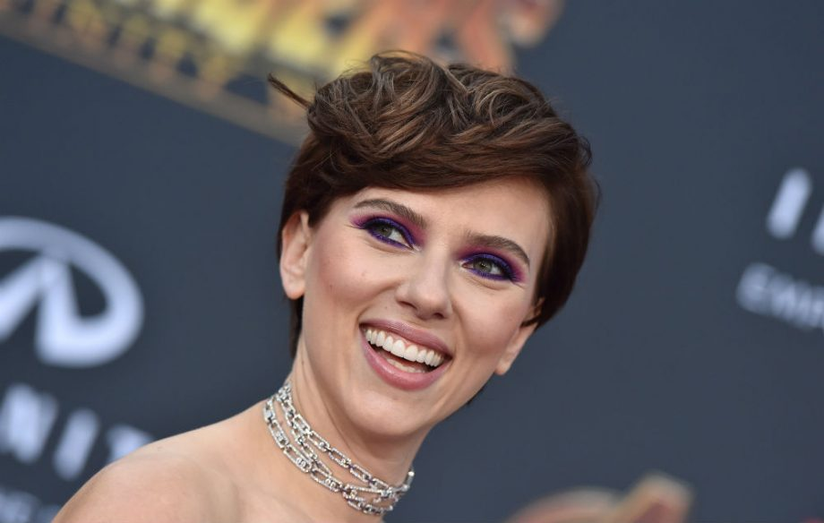 scarlett johansson responds to backlash after landing transgender role in new film
