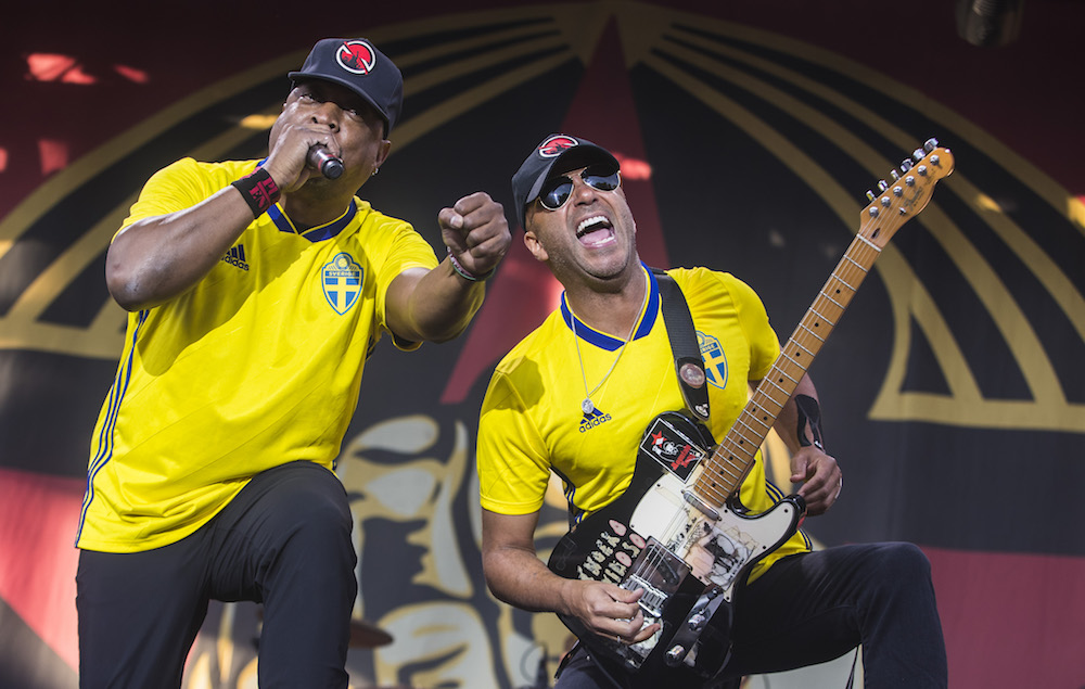 Prophets of Rage honour Chris Cornell with live performance of Audioslave's 'Cochise'