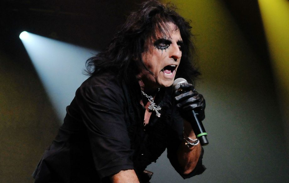 """Alice Cooper says he has a death pact with his wife – """"we are going to go together"""""""