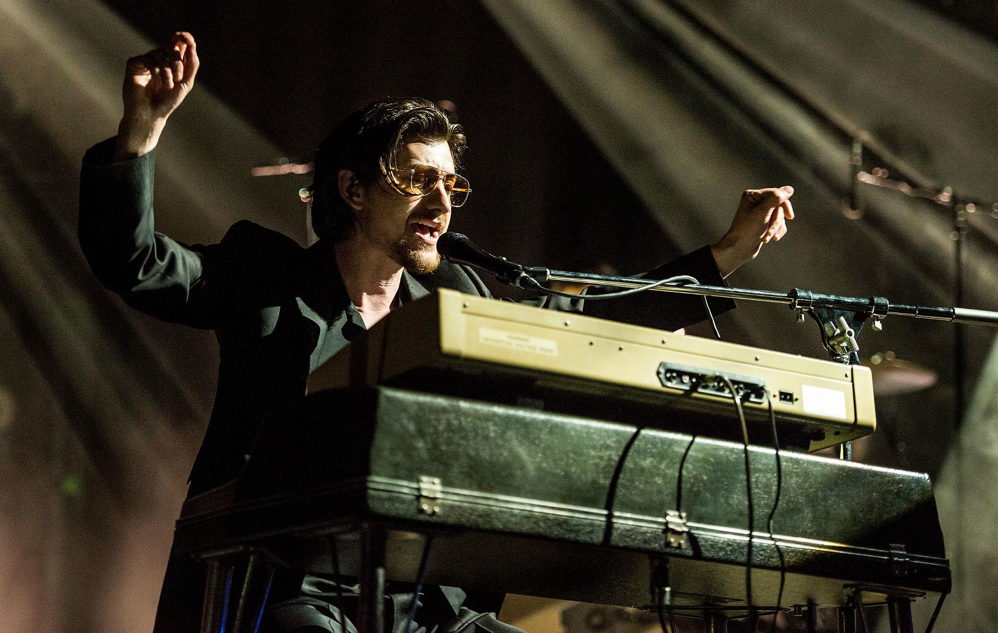 LIVE STREAM: Arctic Monkeys at Asuncionico 2019 - YouTube