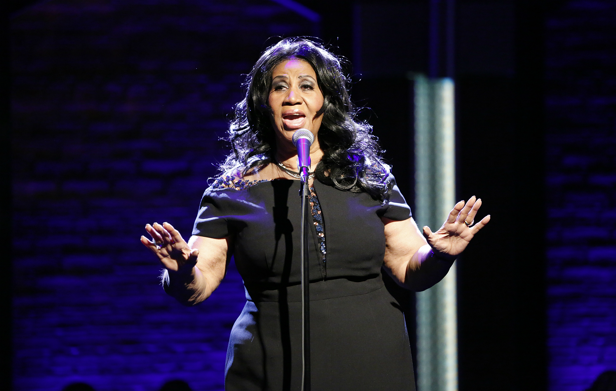 Aretha Franklin Is Quot Alert And Talking Quot According To Her Nephew