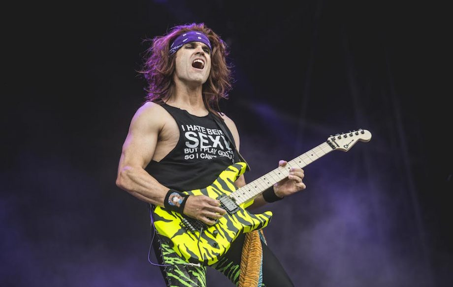 steel panther respond to 39 pussy melter 39 guitar pedal backlash by releasing a new model nme. Black Bedroom Furniture Sets. Home Design Ideas