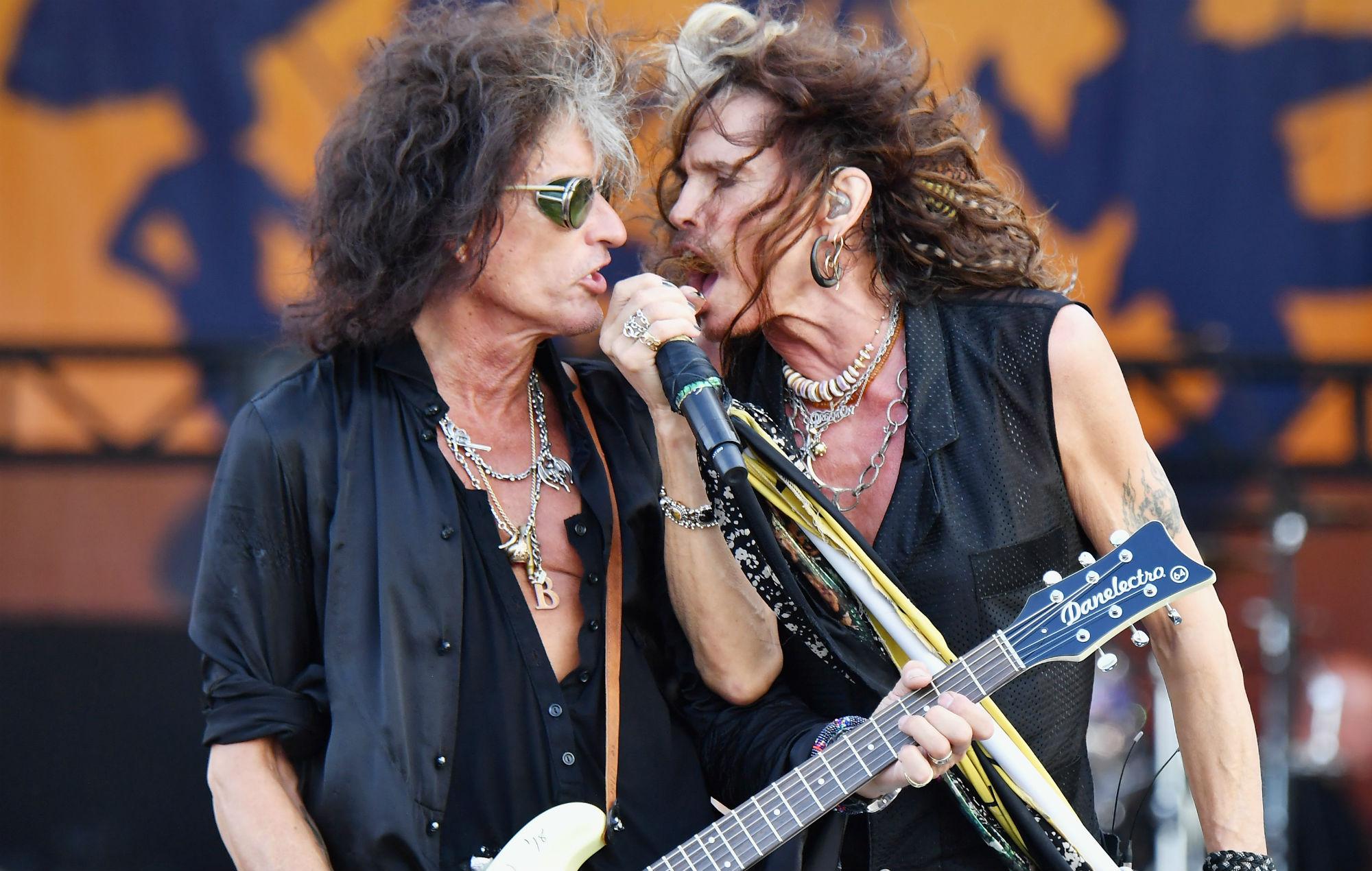 Dan Michaels - Aerosmith is goin' to Vegas