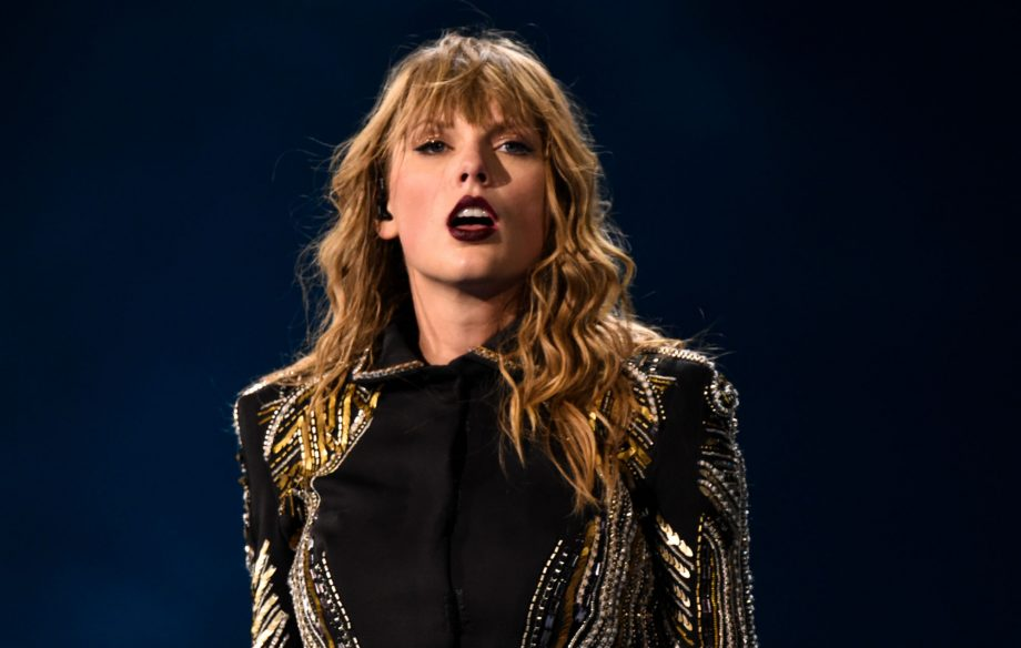 Man arrested after breaking into Taylor Swift's home and taking off shoes, police say