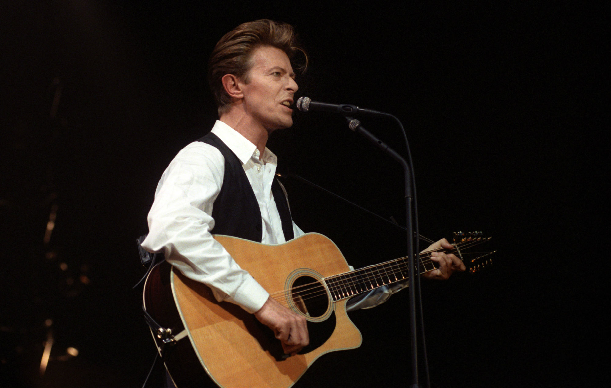 Listen to a stunning new version of David Bowie's 'Bang Bang' cover