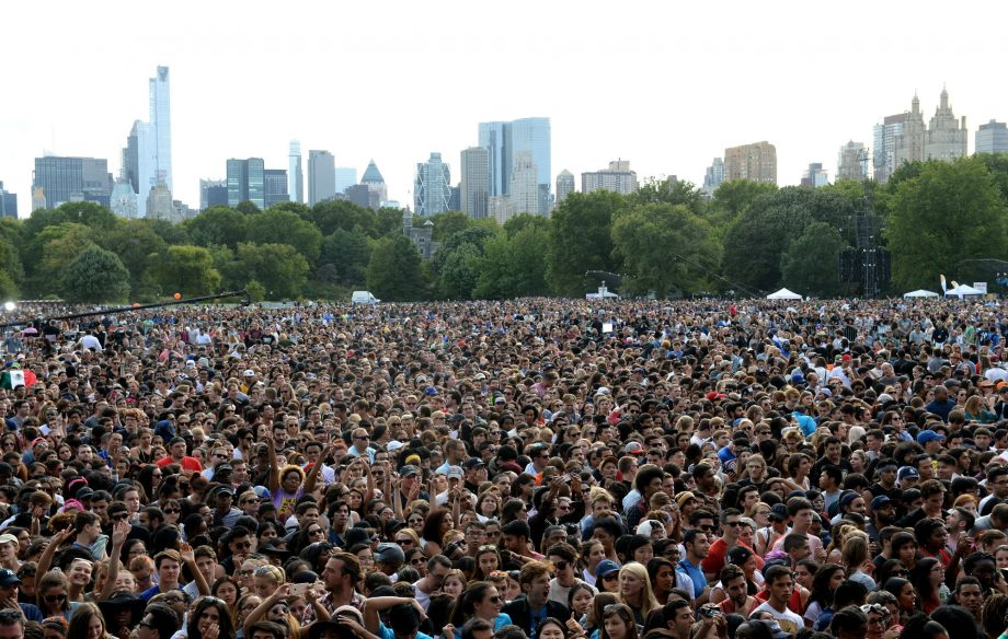 Barrier Collapse At Global Citizen Festival Leads To Mass