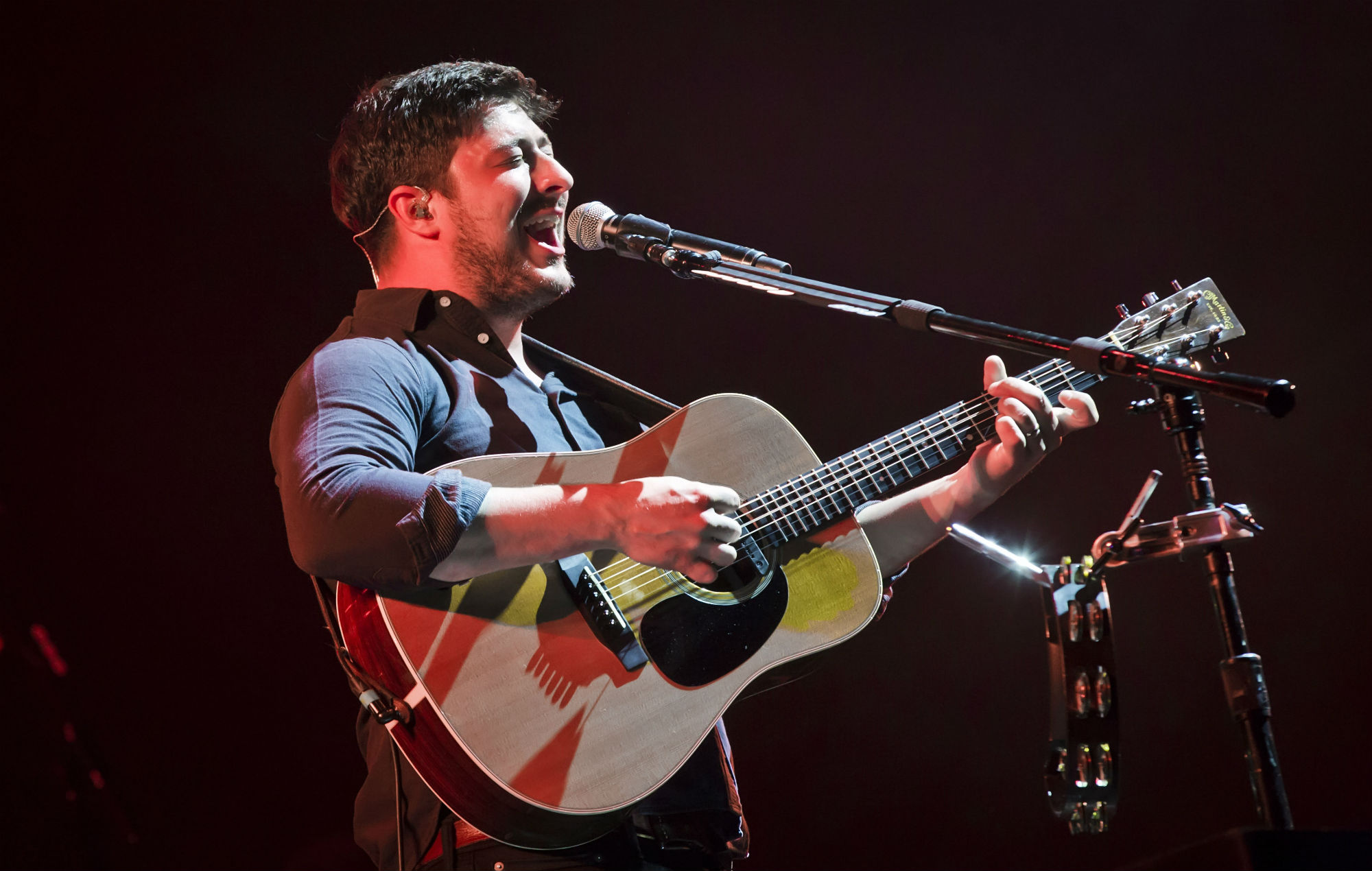Watch Mumford And Sons Perform A Surprise Live Set Outside