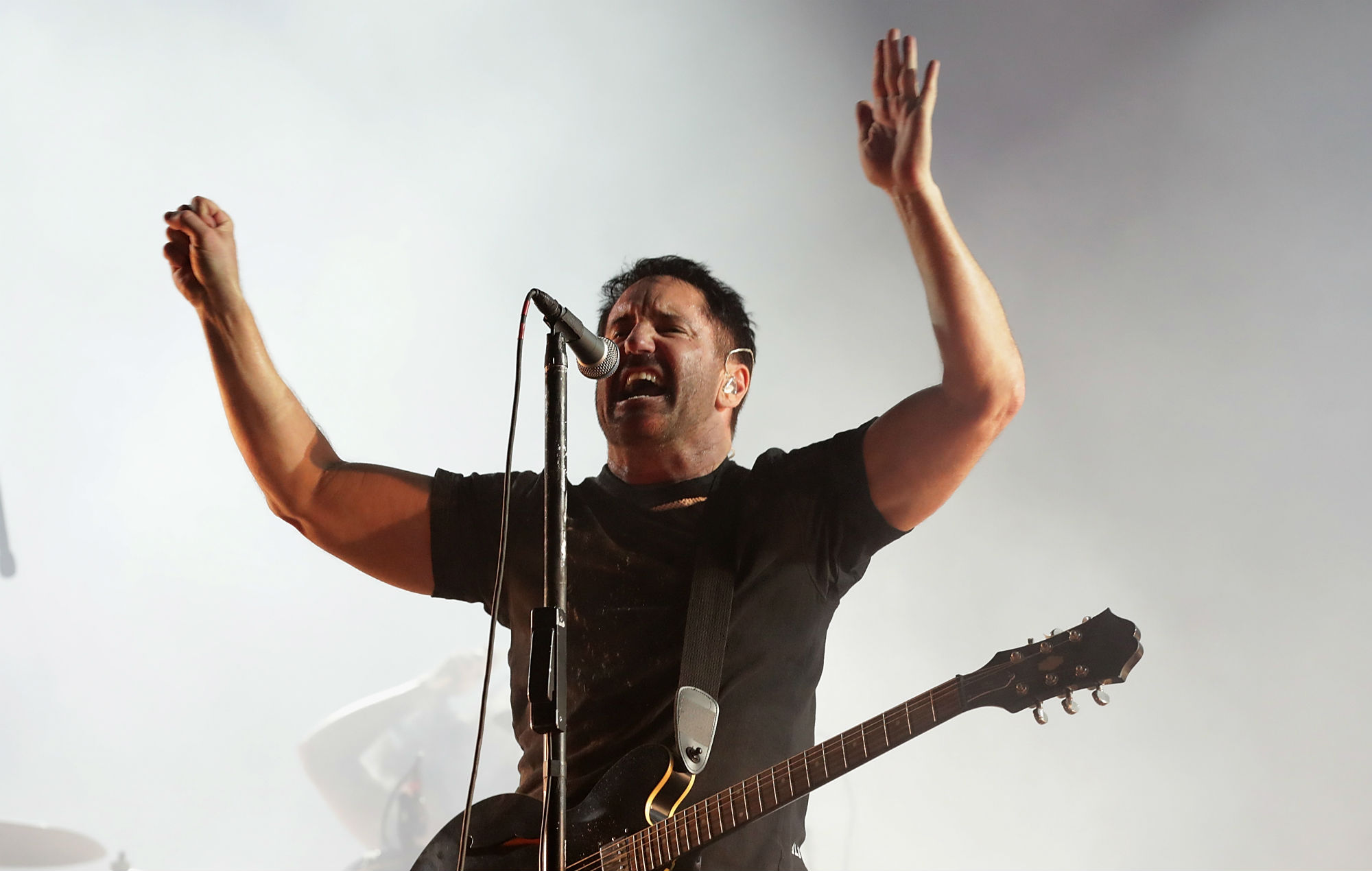 Watch Nine Inch Nails perform \'The Perfect Drug\' for the first time ever