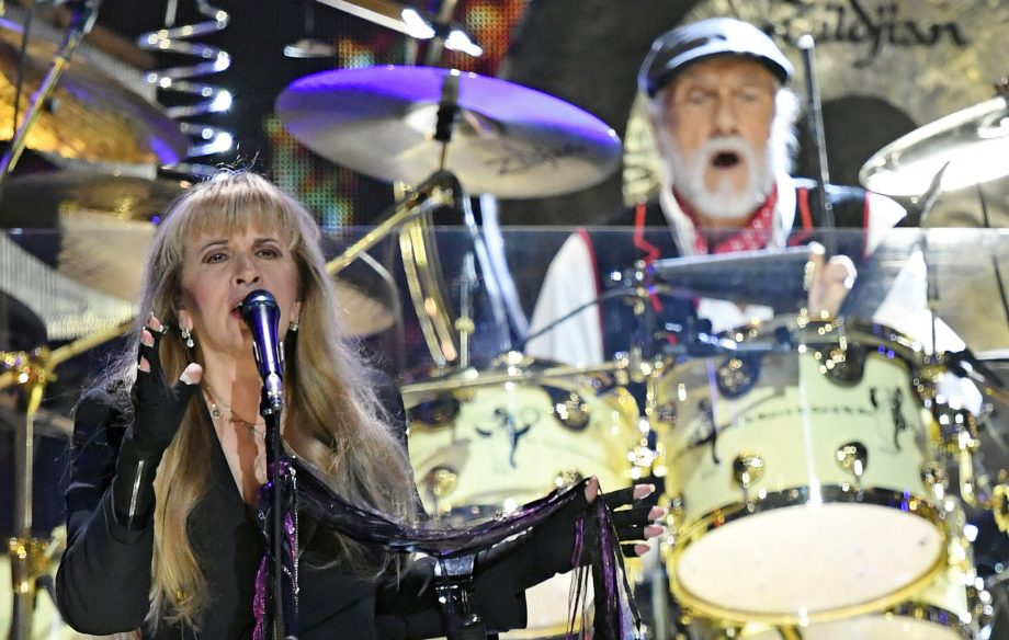 Fleetwood Mac tease Glastonbury 2020 appearance during Wembley Stadium show Read more at https://www.nme.com/news/music/fleetwood-mac-tease-glastonbury-2020-appearance-wembley-stadium-show-2509791#kaFdtYwz3IO0QWyR.99