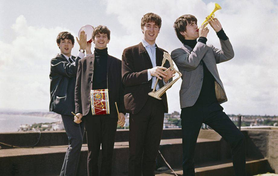 You can now get your photo taken with a brand new Beatles statue in Liverpool