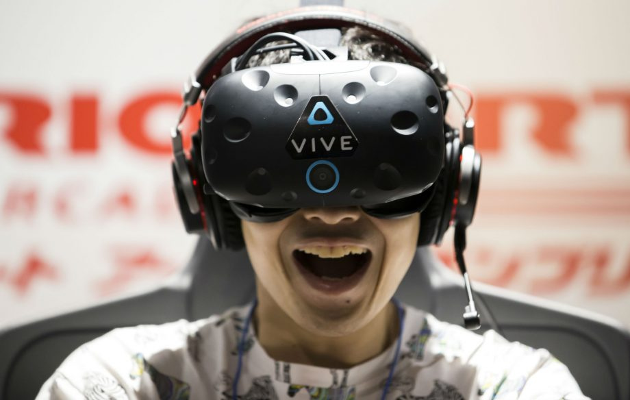 132409ac5649 Fancy a go at virtual reality  Save hundreds on HTC Vive kit this Black  Friday weekend