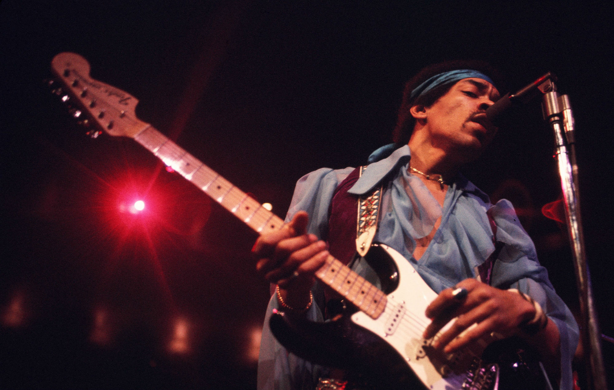 Watch the Band of Gypsys discuss the making...