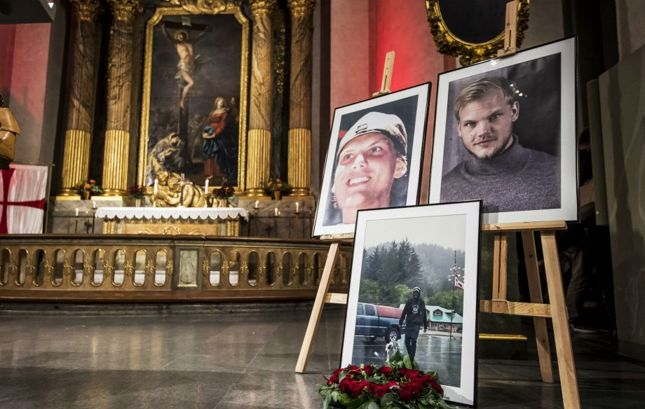 Hundreds of Avicii fans gather in Stockholm to pay tribute at memorial service