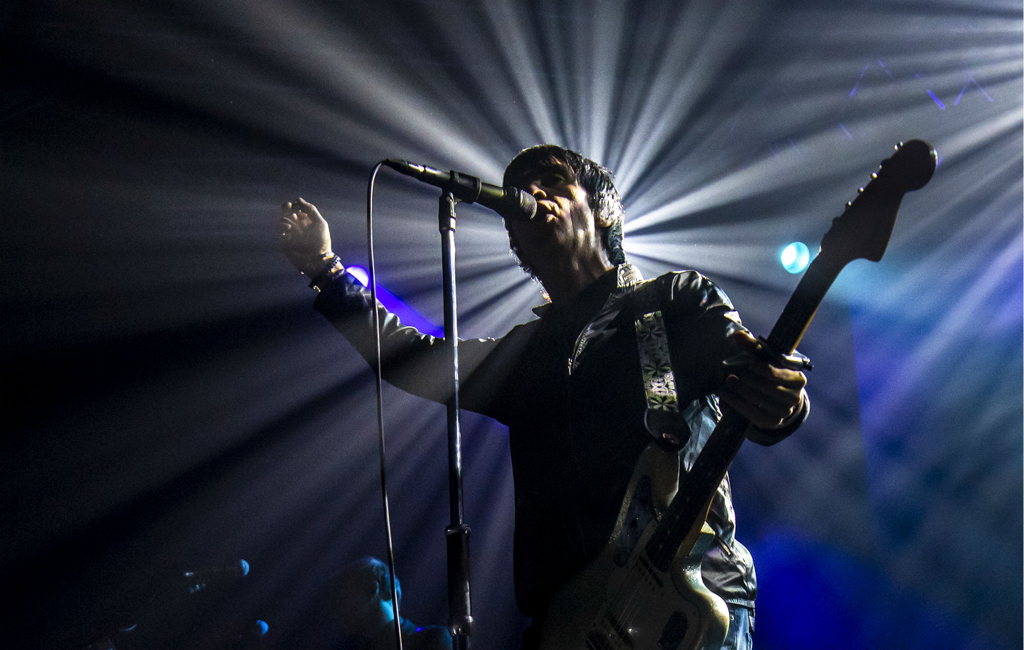 Johnny Marr Gives London An English Indie Panic Attack