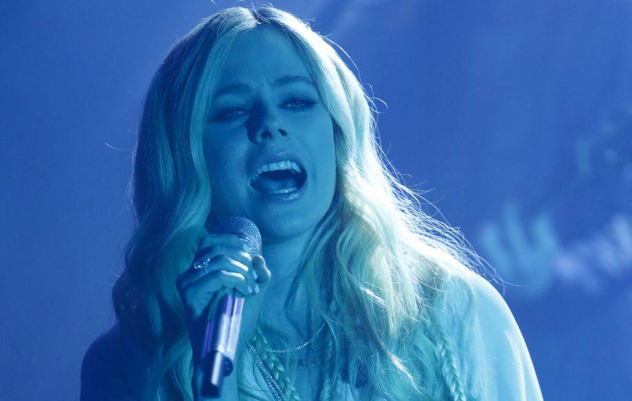 Avril Lavigne shares break-up banger 'Tell Me It's Over', announces new album 'Head Above Water'