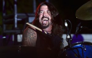 Dave Grohl Recruits Members Of Them Crooked Vultures And Jane's Addiction For Live Debut Of Instrumental Project Play
