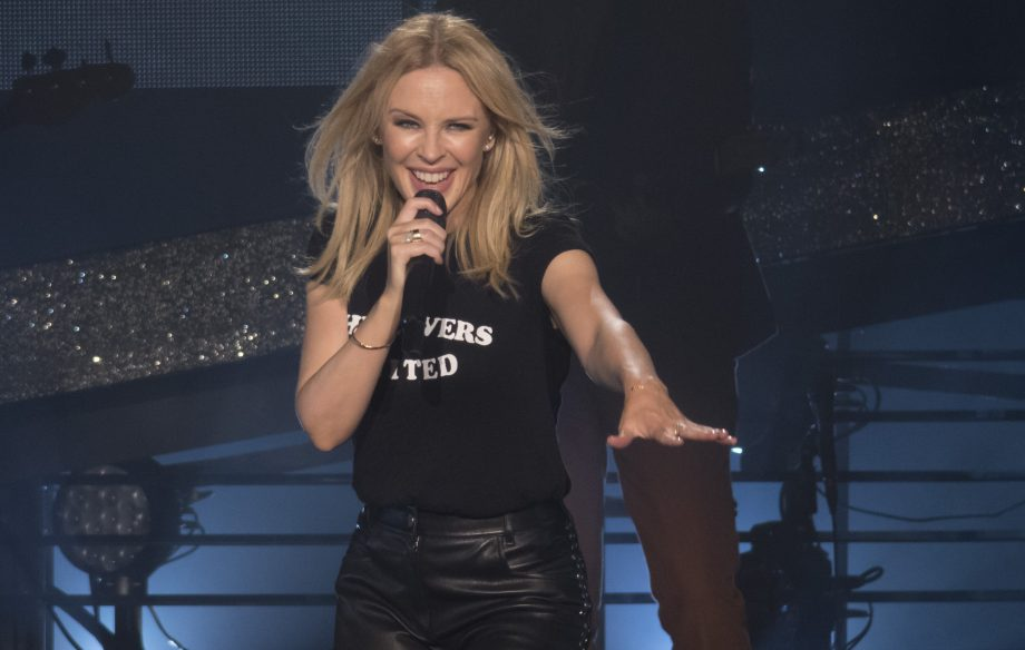 Police warn man for harassing Kylie Minogue