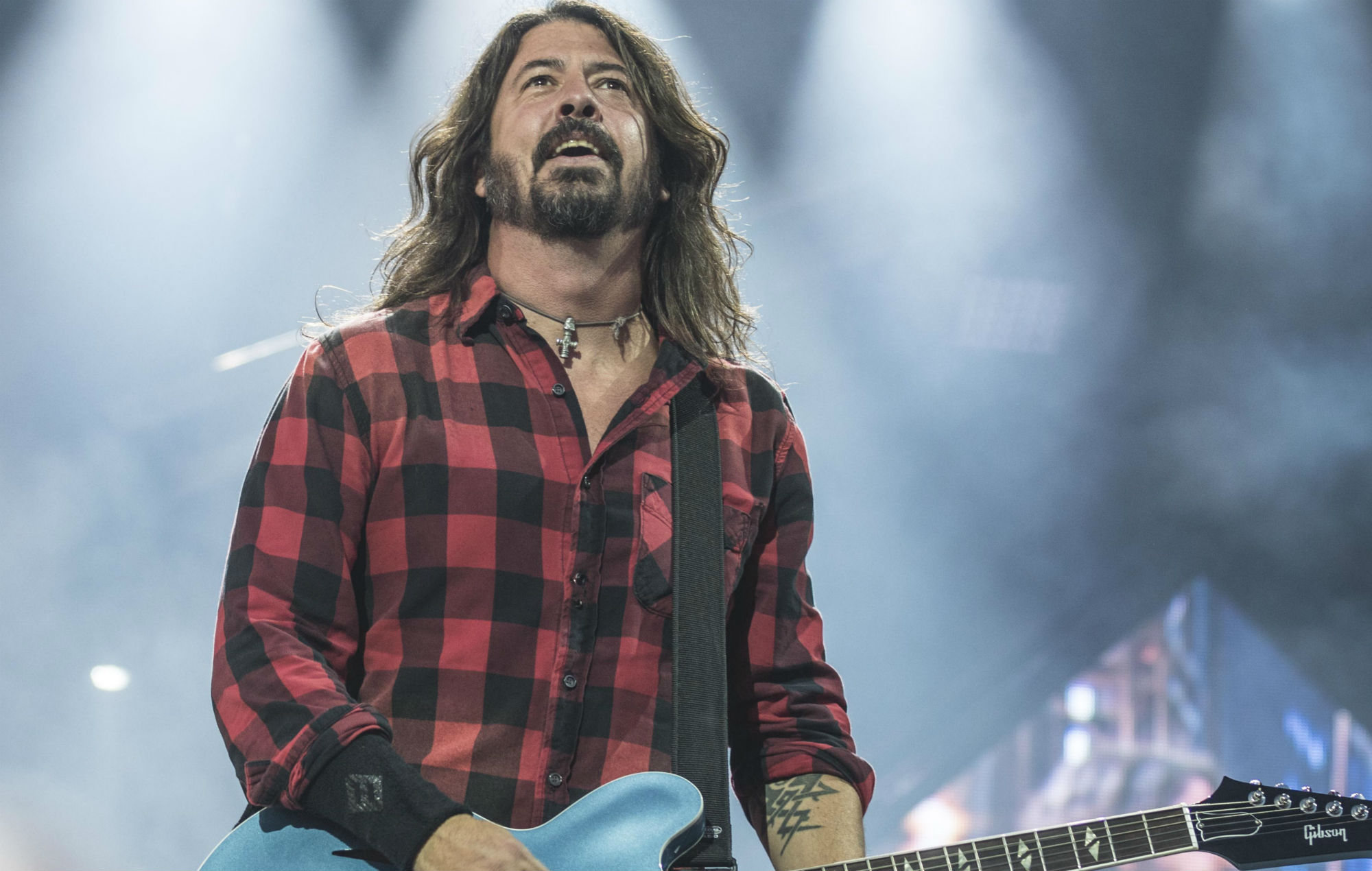 """His ass is so fired!"": Dave Grohl left in hysterics as drunk guy hijacks Foo Fighters show"