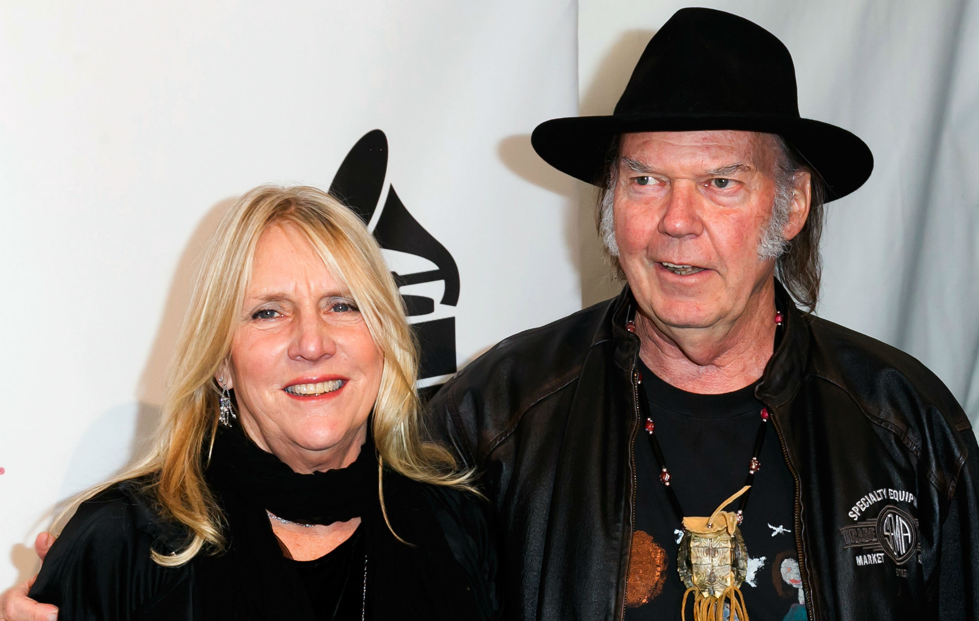 neil young pays tribute after ex wife pegi dies at the age of 66. Black Bedroom Furniture Sets. Home Design Ideas